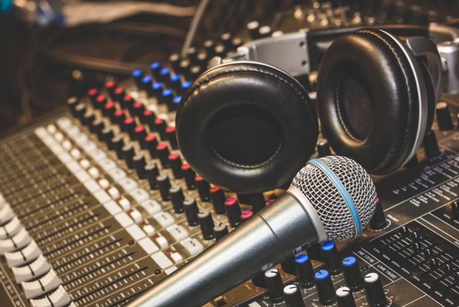Music Mixing and Mastering Tips