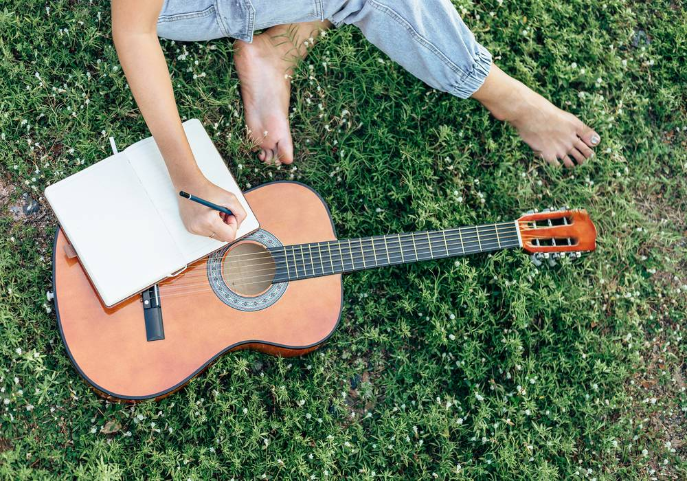 How to Become a Songwriter in 2021